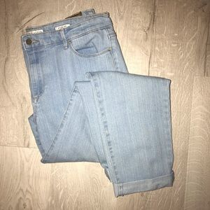 Anne Klein Light Wash Boyfriend Jeans